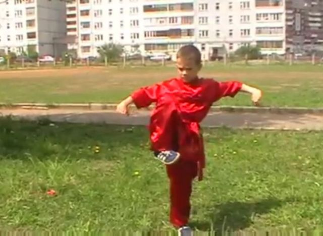 Awesome Little Kung-Fu Master [VIDEO]