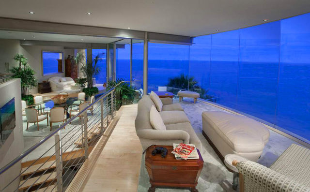 $9.9M Breathtaking Laguna Beach Home