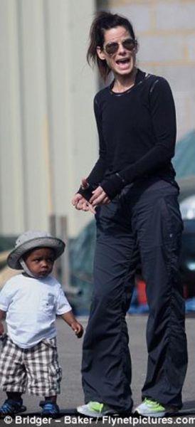 Sandra Bullock And Her Unsmiling Adopted Son (24 pics) - Izismile com