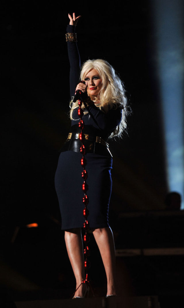 Christina Aguilera Makes Dramatic Change