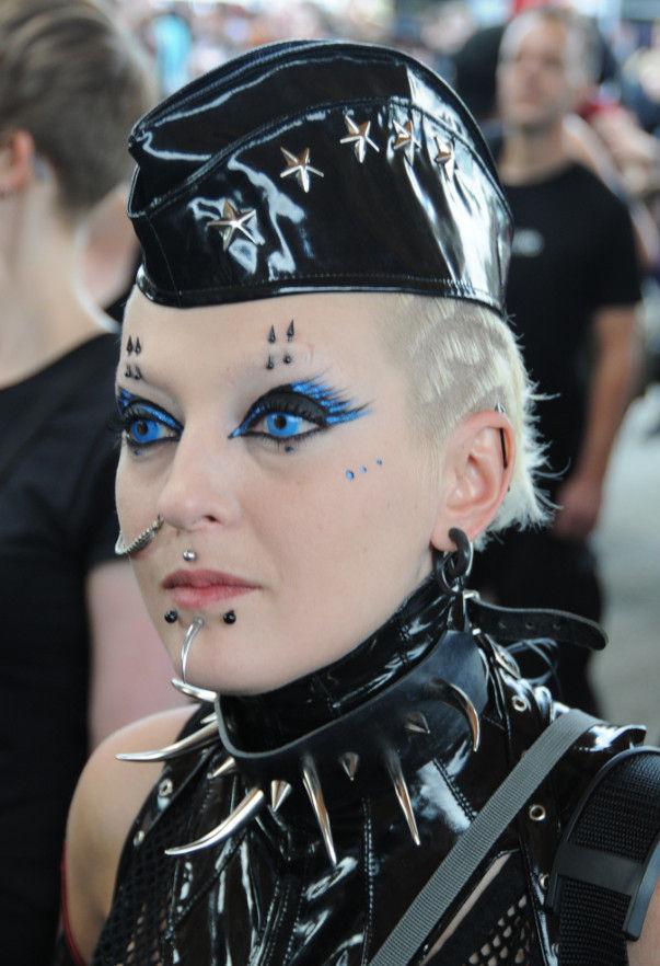 Hot goth