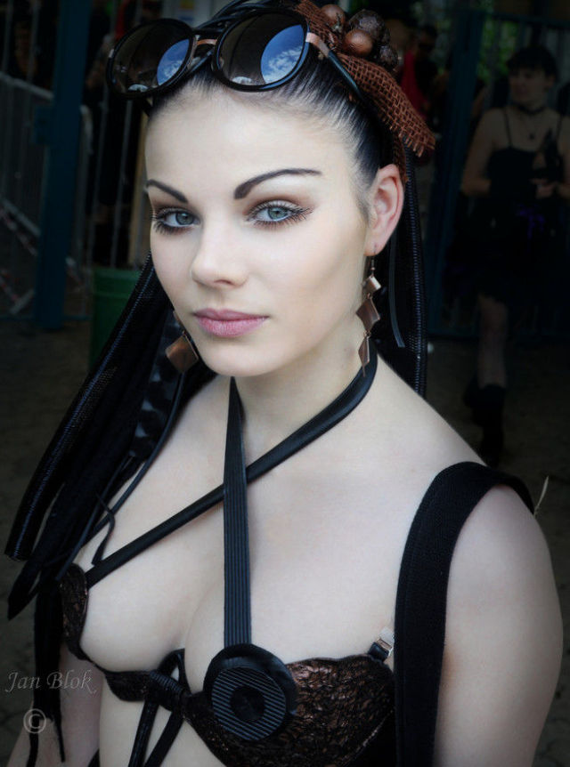 Hot busty goths