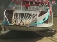 Chinese Luxury Boat Launch Fail