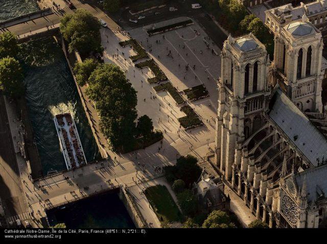 Magnificent Bird's Eye View Photos of Paris