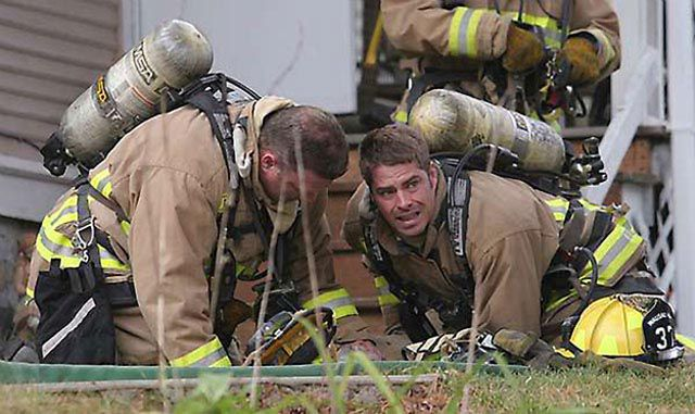 Firefighters Resuscitate Dog By Blowing in His Nose