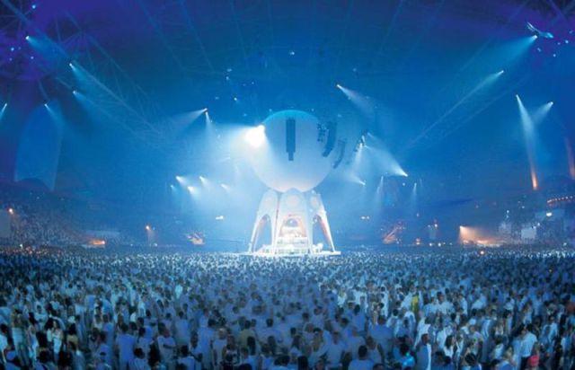 Spectacular Rave Light Show Parties