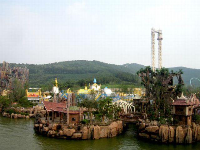 Chinese Unlicensed Warcraft/Starcraft Theme Park