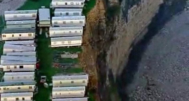 Houses with a Dangerous View