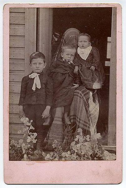 Bizarre Victorian Era Portraits