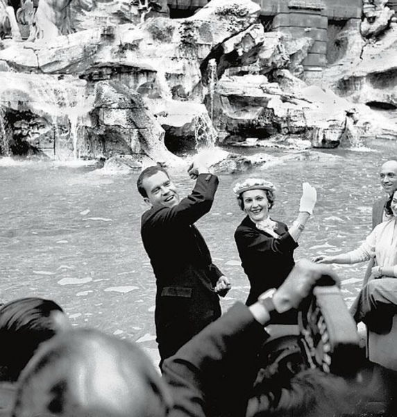 Treasures of The Trevi Fountain
