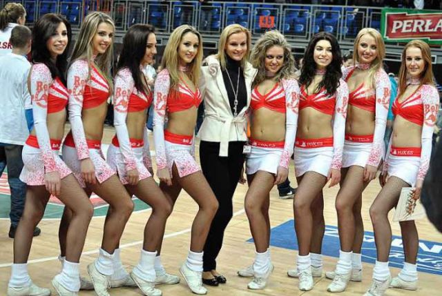 Ukrainian Banned Cheerleaders Are Back