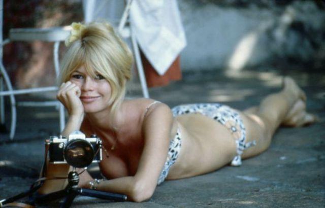 bridget-bardot-pictures-bikini