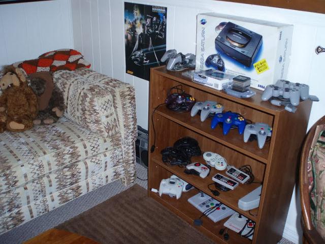 Insane Retro Game Room 18 Pics Picture 9 Izismile Com