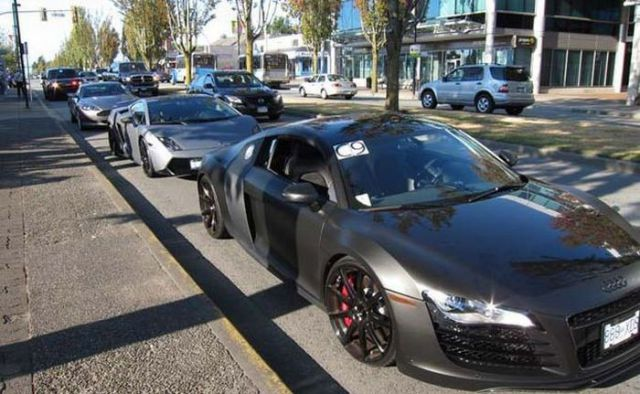 Street Car Racing: Illegal Street Racing Cars (26 Pics)