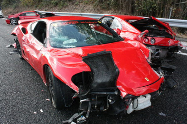 Most Expensive Mercedes >> Probably the Most Expensive Car Crash Ever (10 pics ...