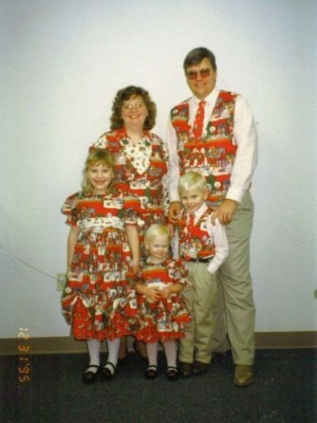 Weirdest Family Christmas Pics 50 Pics Picture 17 Izismile Com