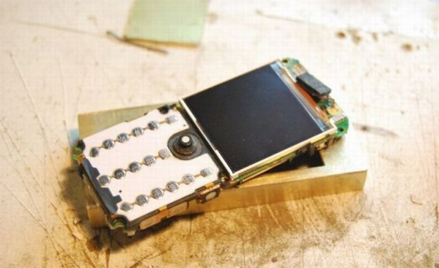 Awesome Cell Phone Modding