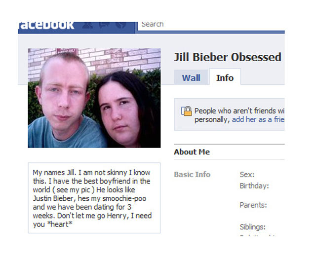 2011's Most Insane Facebook Stories