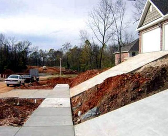 Hilarious Construction Fails