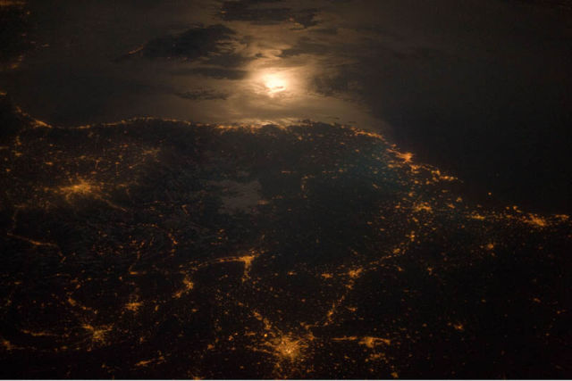 Stunning Shots of Earth at Night