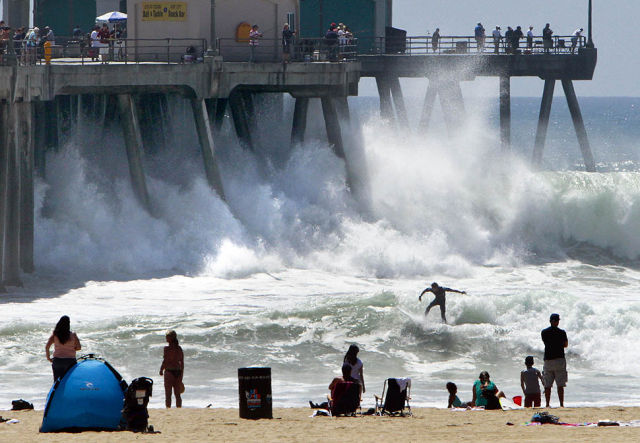 High Waves in Southern California
