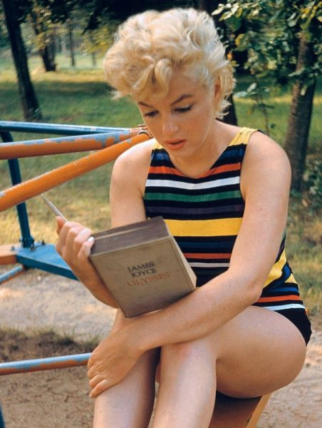 Stunning Marilyn Monroe Images