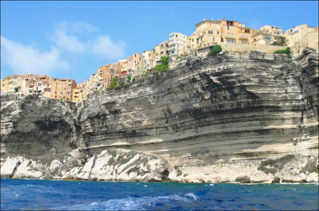 Sheer Cliff Living
