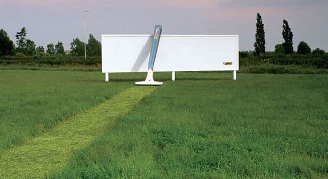 Humongous Eye-Catching Advertisements