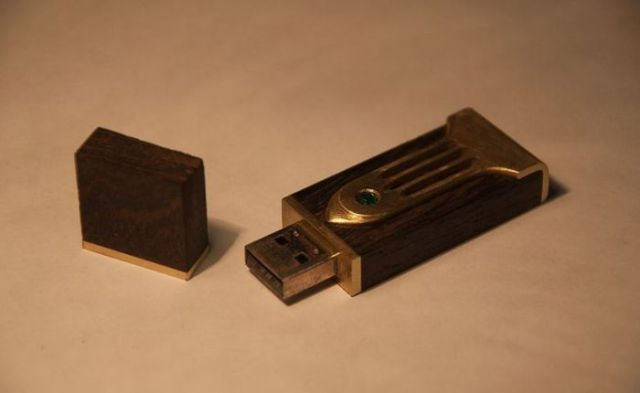 How to Make a Wooden USB Memory Stick