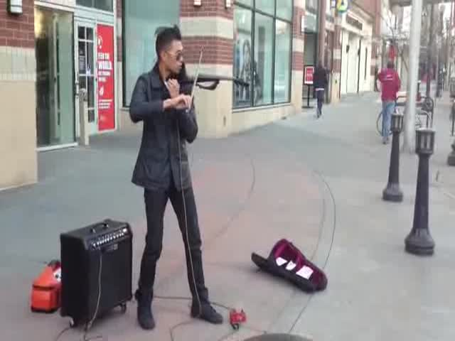 Awesome Street Musician's Show