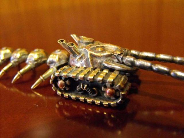 DIY Steampunk Scolopendra