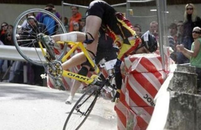 Bicyclists Falling Hard