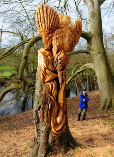 Chainsaw Wielding Tree Sculptures