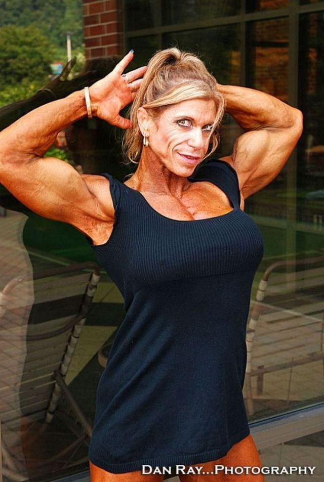 Michelle Brent's Impressive Muscles