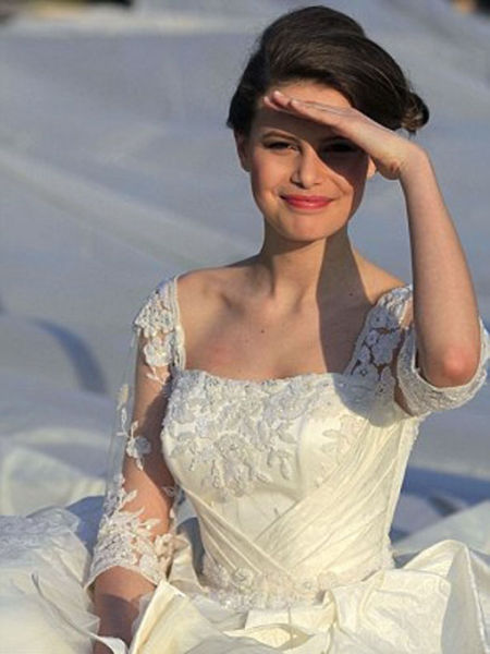 Romanian Bride Breaks New Ground in Making Extra-Long Dress Trains