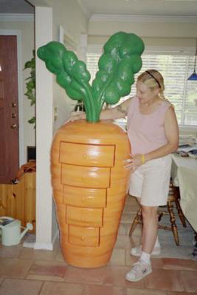 No One Likes Carrots More Than This Woman