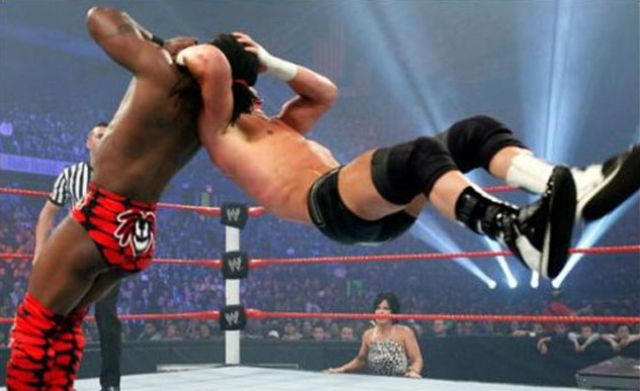 Best Finishing Moves from the Wrestlemania