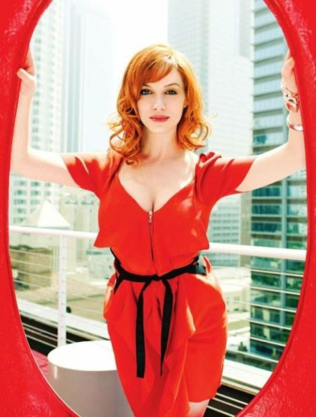 Christina Hendricks' Mesmerizing Cleavage