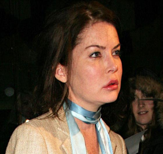 Lara Flynn Boyle's Face Went South