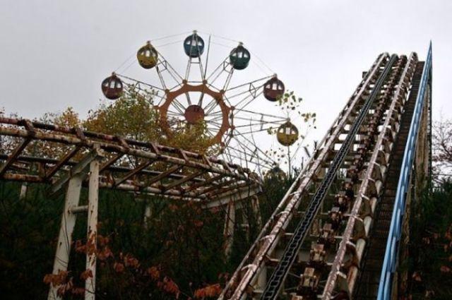 Desolate Amusement Parks