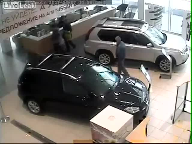 Man Goes Berserk and Destroys Everything in Nissan Dealer Center