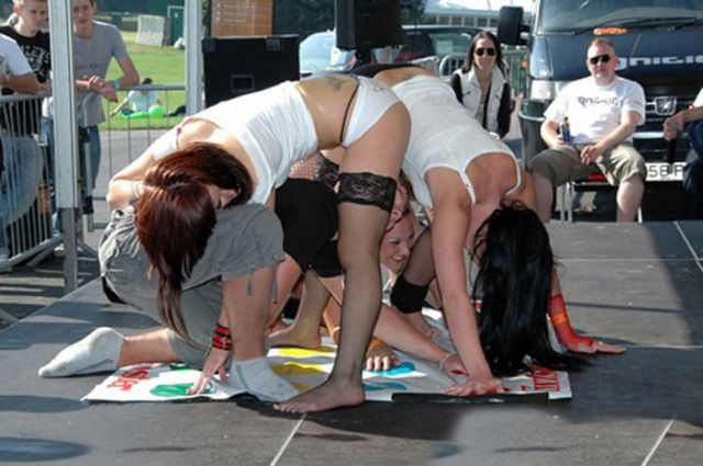 Party Time Is Twister Time