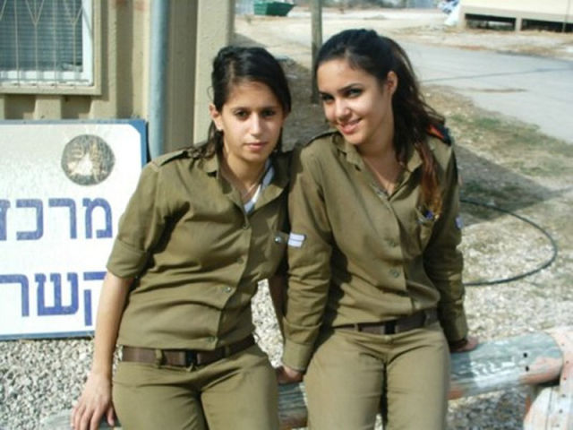 These Israeli Army Ladies Are Dazzling 70 Pics - Picture 10 - Izismilecom-4015