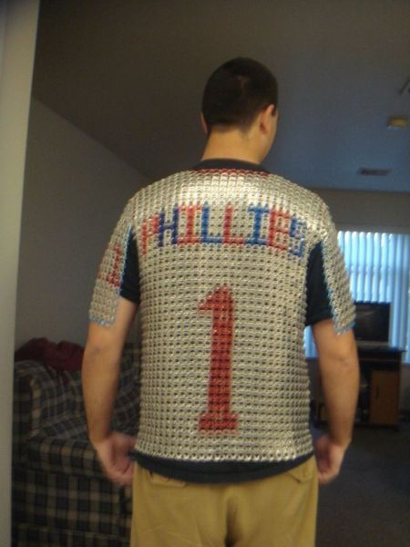Phillies Fan Makes Chainmail After Drinking 3000 Beers
