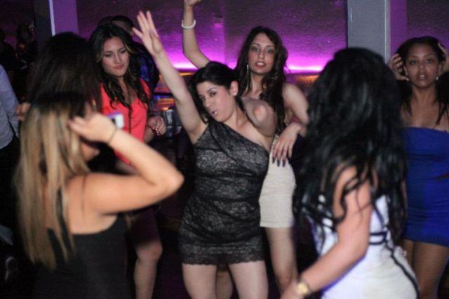 Пьяные девушки видео на дискотеке #12