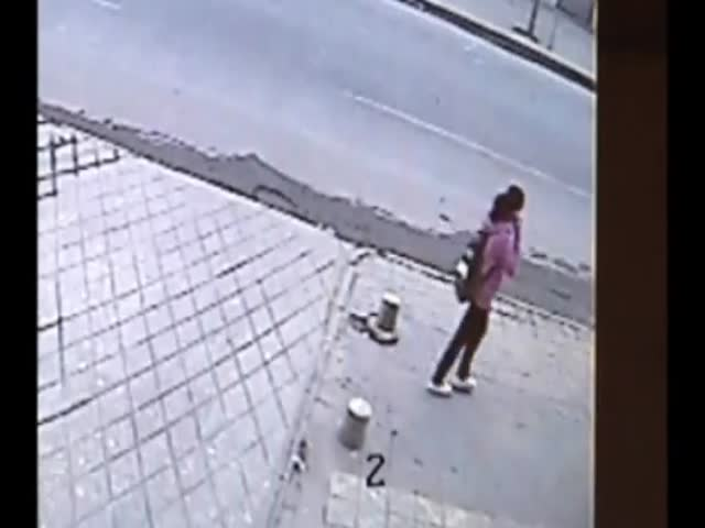 OMG – School Girl Gets Swallowed by Pavement in China