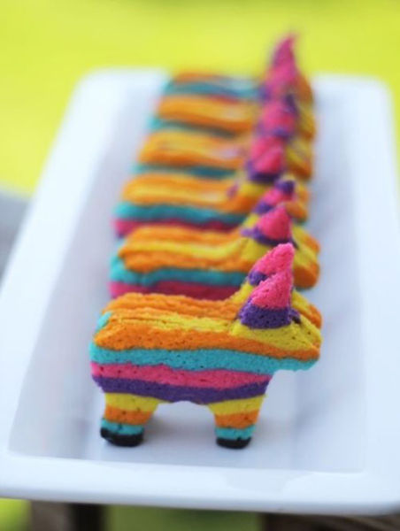 Cool Piñata Cookies with a Surprise Inside