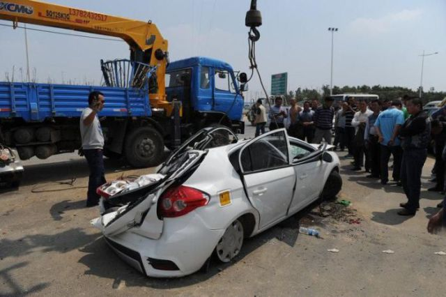 Terrible Crane Accident in China