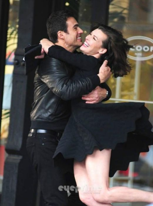 Milla Jovovich's Tushie Shows Up While Shooting an Ad