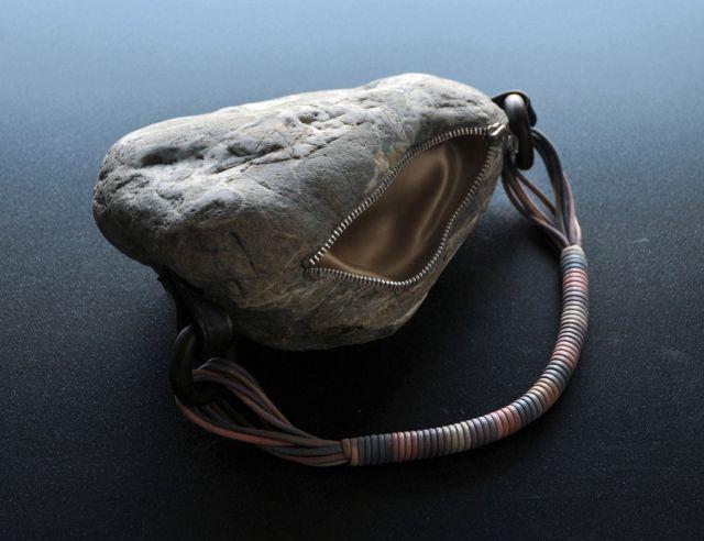 Unbelievable Tiny Stone Sculptures